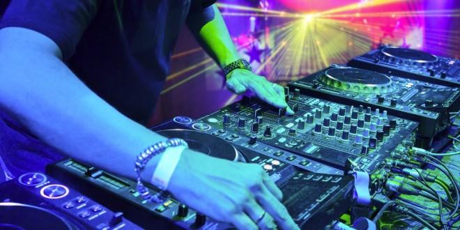 aprende-sonidista-shows-dj-iluminacion-eventos-sonido-540501-MPE20336540937_072015-F-660x330